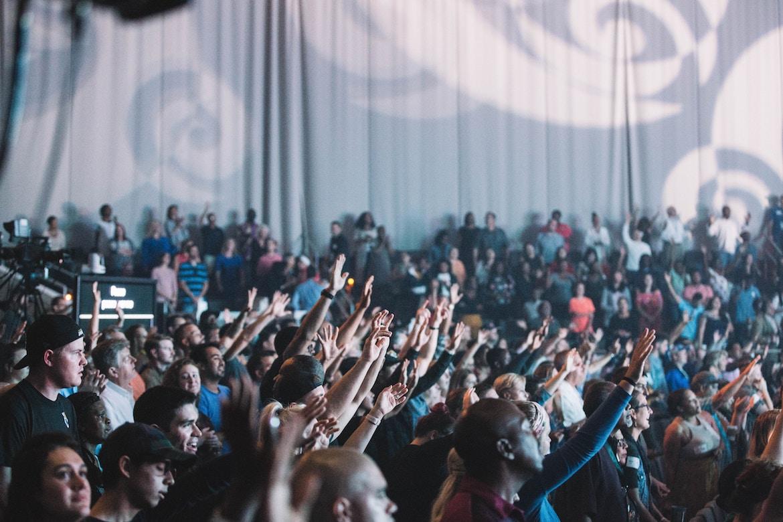 Vitec apresenta solução de streaming de vídeo multilocal para igrejas