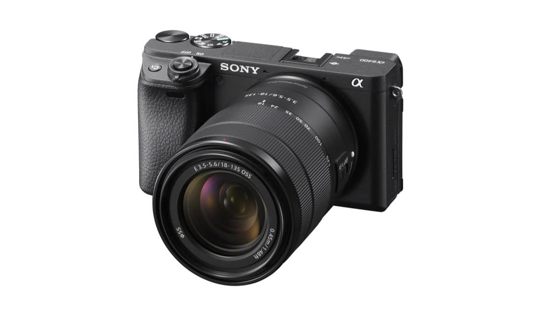 Sony lança câmera α6400 com autofoco mais rápido e gravação de vídeos 4K