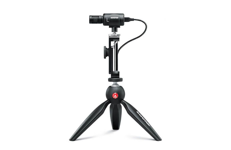 Shure lança microfone portátil e acessórios para captação de áudio