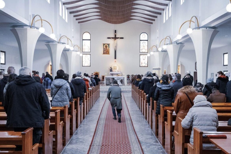 Igrejas podem fazer reconhecimento facial de fiéis?