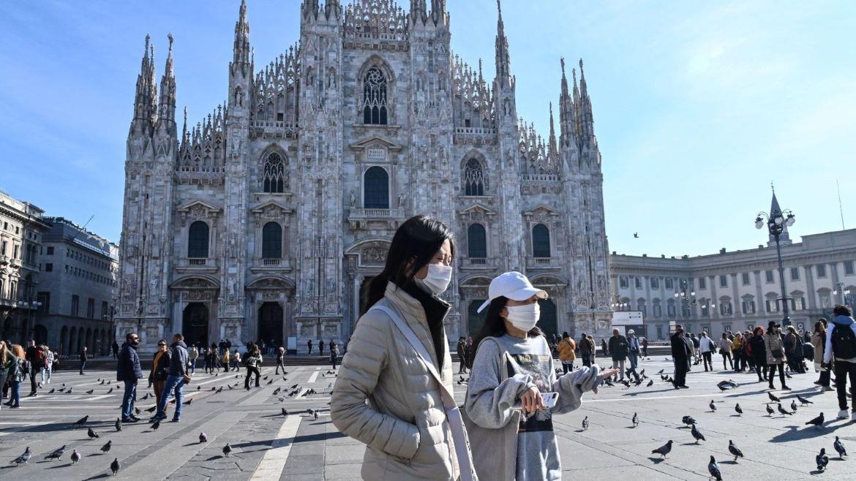 Igrejas italianas transmitem missas via TV ou streaming para enfrentar as barreiras do coronavírus